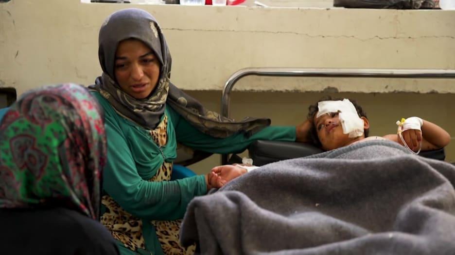 شاهد.. إدلب وحالات إنسانية تنبئ بأوضاع أكثر قتامة في سوريا