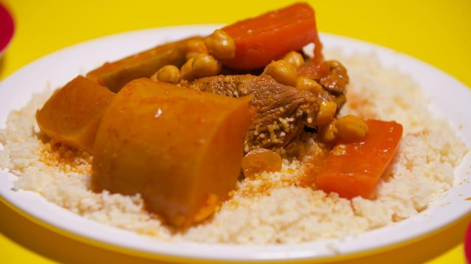 دبلوماسية الكسكس.. أصل الطبق الذي جمع دول المغرب العربي