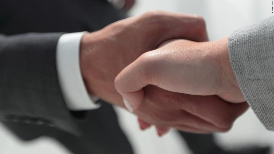 هل أنت مقبل على عمل جديد؟ 5 نصائح تساعدك على ترك انطباع جيد