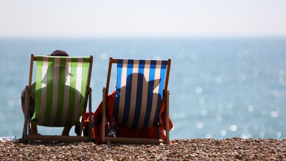 في موسم الصيف.. ما أفضل الأغذية التي تتناولها على الشاطئ؟