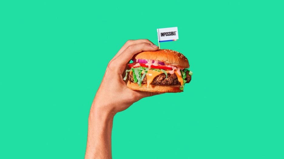 """كيف أصبحت """"اللحوم الزائفة"""" تحقق أرباحا حقيقية؟"""