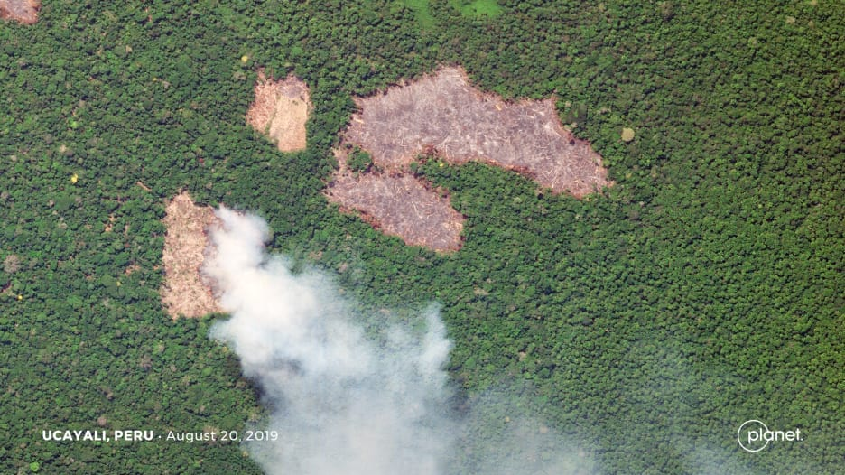 شاهد.. ناسا تنشر صورًا لحرائق غابات الأمازون من الفضاء