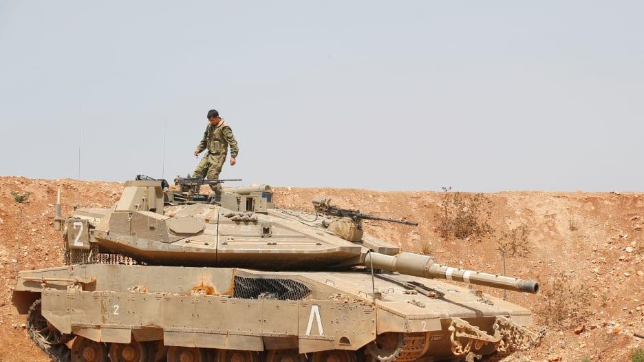 مقارنة بين قدرات الجيشين اللبناني والإسرائيلي.. أيهما الأقوى؟