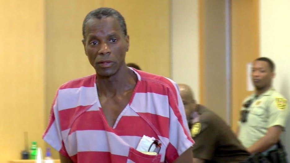 سجن مدى الحياة لسرقته حوالي 50 دولارا من مخبز