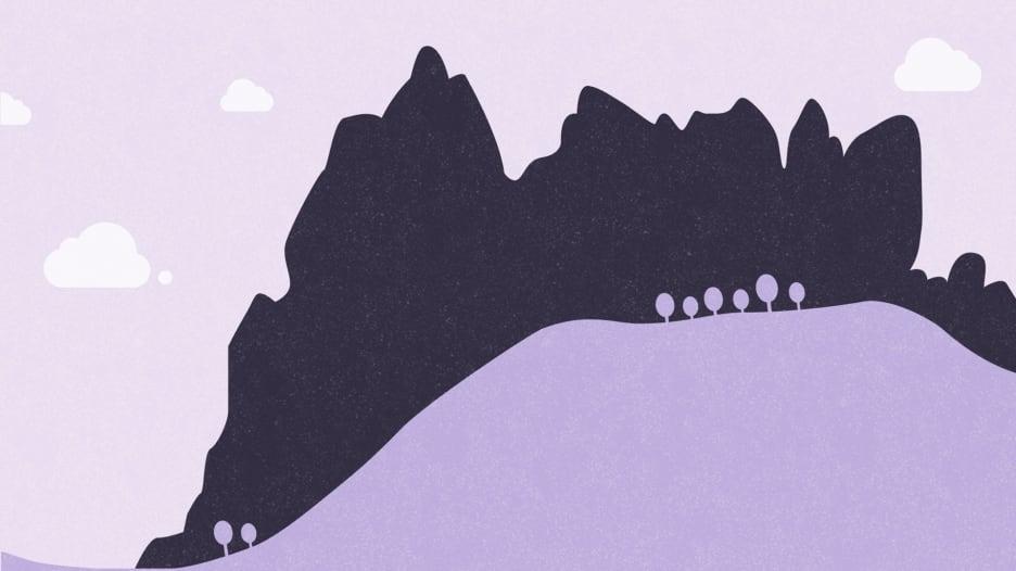 بأقمشة ملونة وصلوات.. كيف يمكنك تحقيق أمانيك في جبل الأصابع الخمسة؟