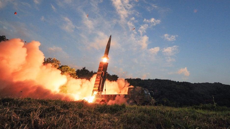 """إيران ومصر في الصدارة.. أكثر 10 جيوش امتلاكاً لـ""""راجمات الصواريخ"""""""