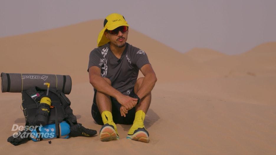 """إماراتي يخطط لخوض 6 سباقات """"ألتراماراثون"""" بالصحراء خلال عام"""