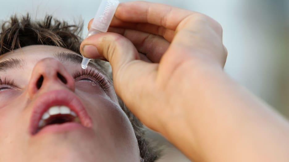 4 نصائح لاختيار العلاج المناسب للعيون الجافة