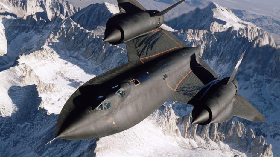 بعد 55 عاماً..طائرة SR-71 الأسرع في العالم منذ الستينات