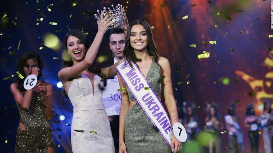 سحب لقب ملكة جمال أوكرانيا.. والسبب؟