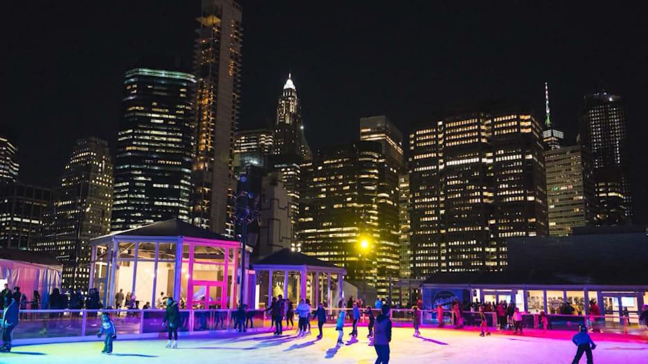 أفضل أسطح المباني للقيام بجولة شتوية دافئة في نيويورك