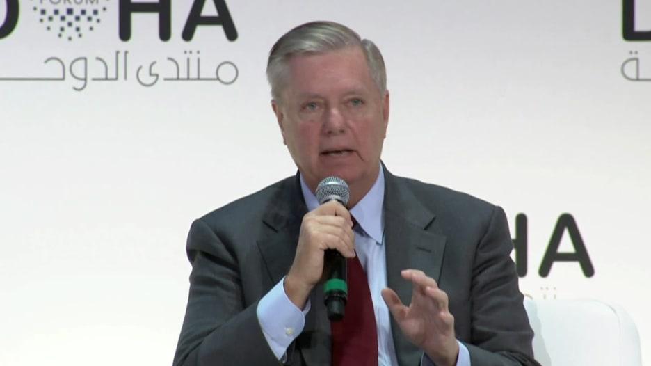 من قطر.. السيناتور غراهام يوضح موقف ترامب تجاه السعودية