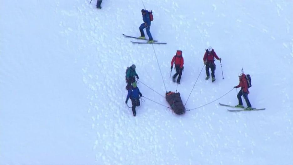 مراهق ينجو بعد سقوطه 500 قدم من جبل في الولايات المتحدة