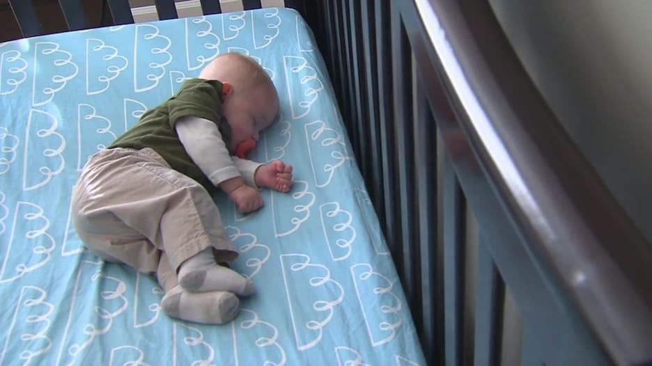 أحد أفضل الأشياء التي تقدمها لطفلك.. نصائح حول نوم الأطفال