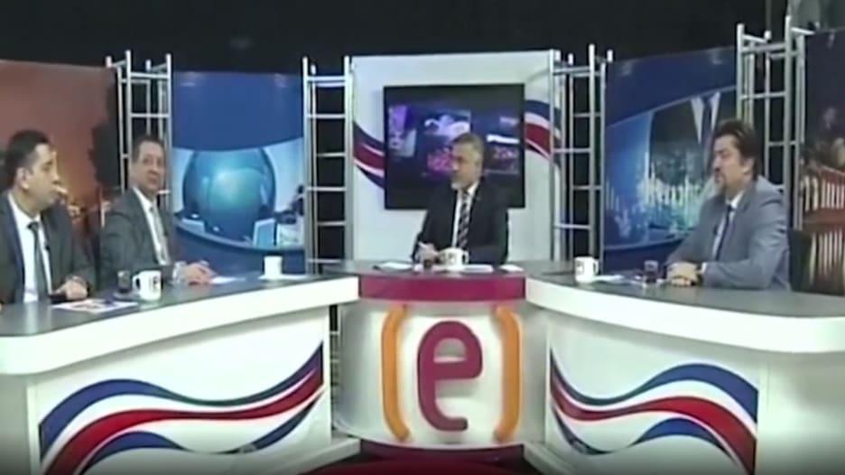 شاهد.. ردة فعل مذيعين على الهواء لحظة وقوع زلزال تركيا