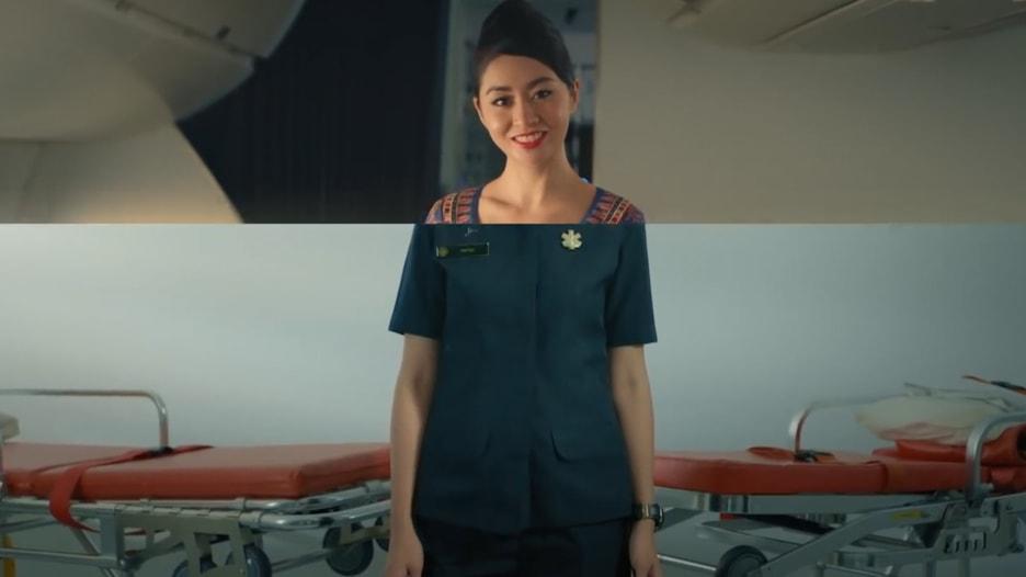 امرأة تعيش حياة مزدوجة منذ 7 سنوات.. بين الطيران وتطوع طبي