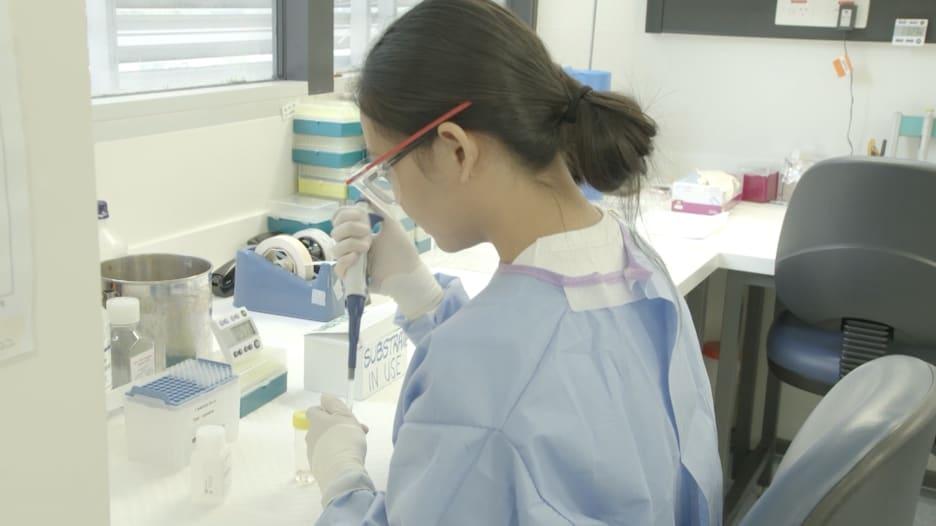 تطوير فيروس حي من كورونا في أستراليا