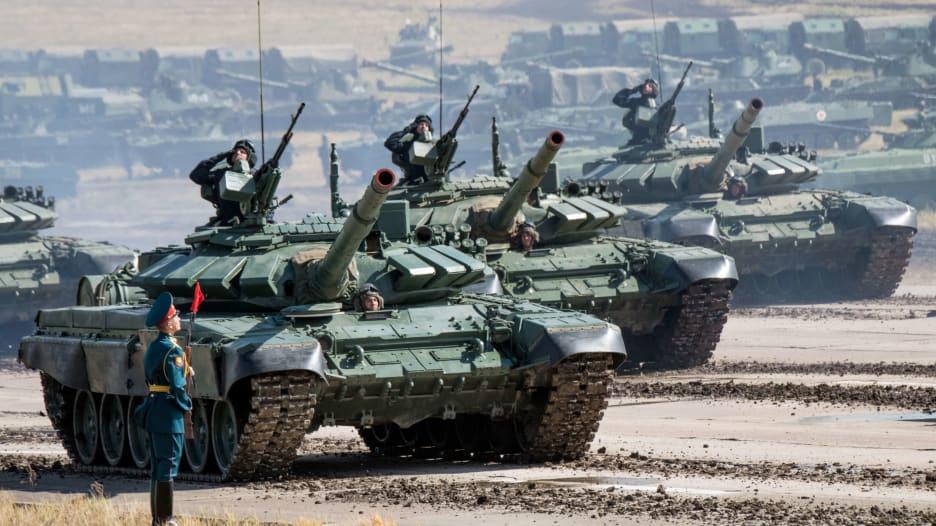 مقارنة بين قدرات الجيش التركي ونظيره الروسي