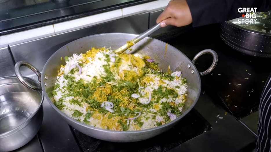 هذا المطعم يقدم طعاماً هندياً لم تسمع به من قبل