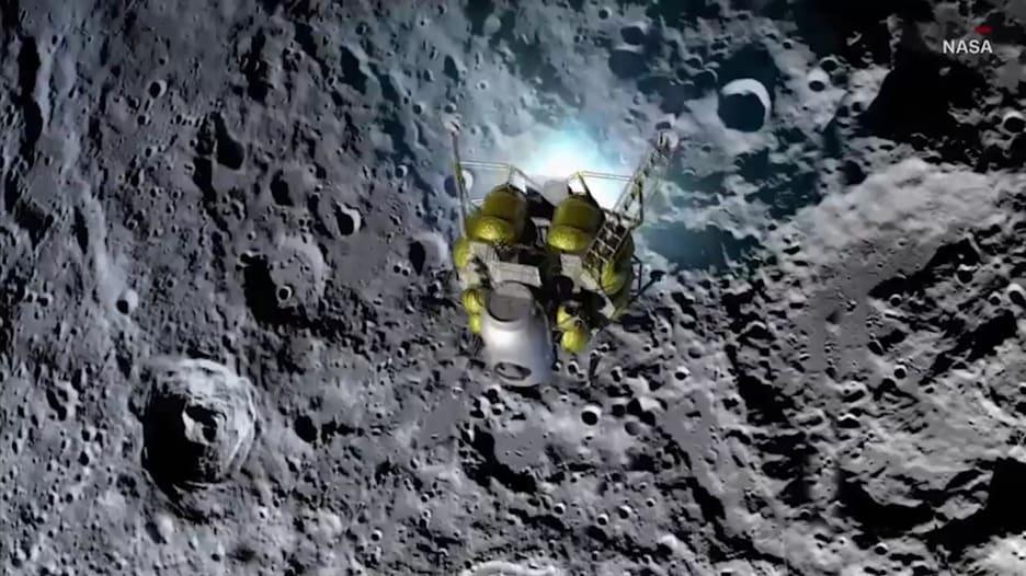 """فيديو لما رآه رواد فضاء """"أبولو 13"""" عند هبوطهم على القمر"""