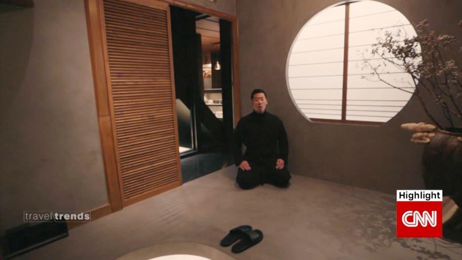 فندق صغير في اليابان يشعرك وكأنك بالمنزل لكن بطاه خاص وخادم شخصي