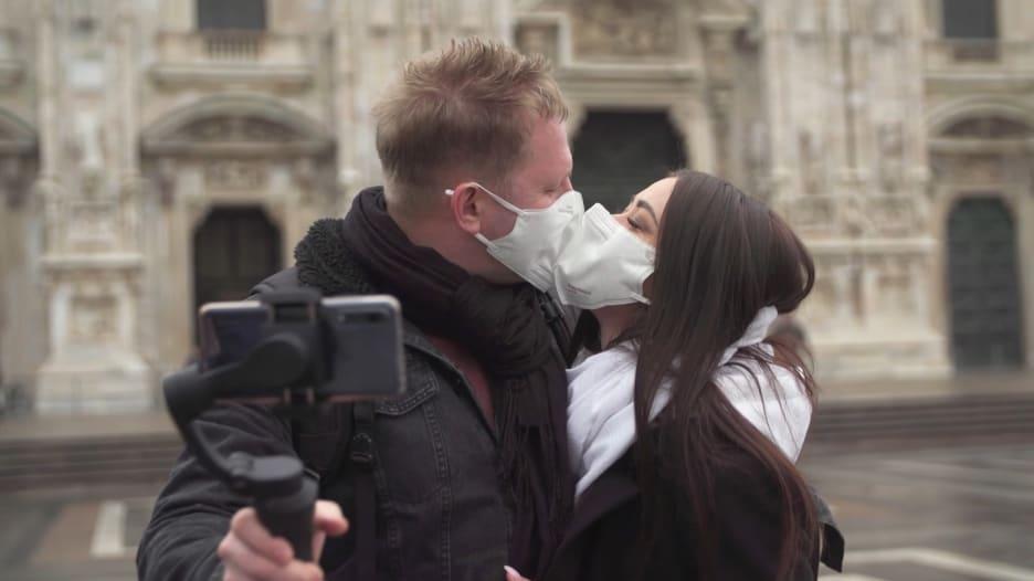 الحب.. في زمن فيروس كورونا