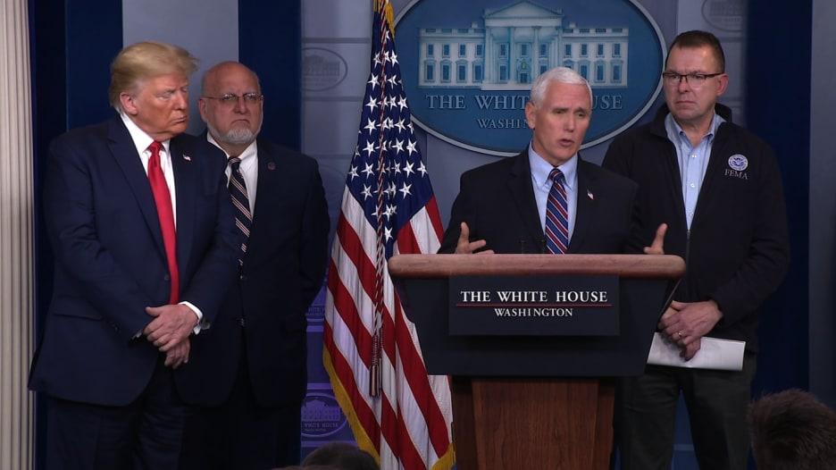 نائب الرئيس الأمريكي عن تجربته مع فحص فيروس كورونا: مزعجة وغير مريحة