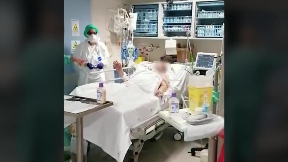 داخل مستشفى إيطالي في الخط الأمامي لمحاربة فيروس كورونا المستجد