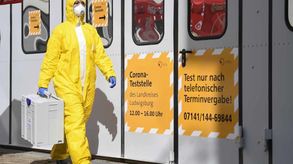 ما سر عدد الوفيات القليل بألمانيا رغم أعداد الإصابات الكبير بفيروس كورونا؟
