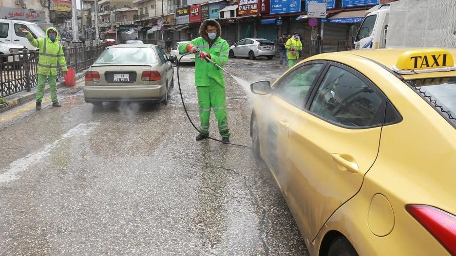 وزير الصحة الأردني يبيّن لـCNN أكثر ما يخيفه في مواجهة فيروس كورونا المستجد