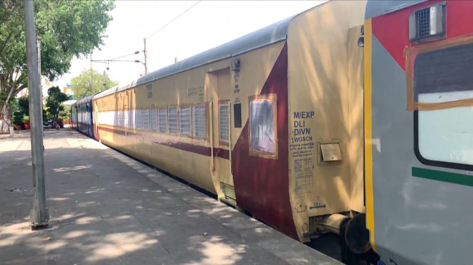 في الهند..إدارة السكك الحديدية تحول عربات القطار إلى أجنحة للحجر الصحي لمحاربة فيروس كورونا