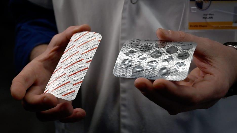 فيروس كورونا.. كيف تسبب ترامب في اختفاء الأدوية؟