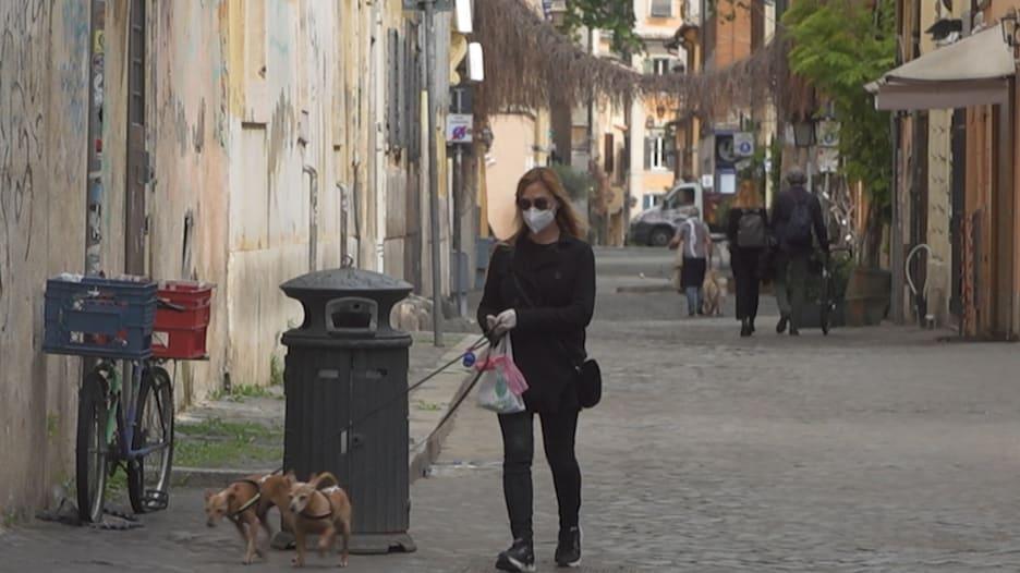 ما سر تعاطي المواطنين في إيطاليا بشكل أفضل مع الإغلاق التام مقارنة بالدول الأخرى؟