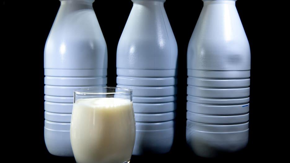 ما هي أنواع الحليب غير البقري وما فوائده؟