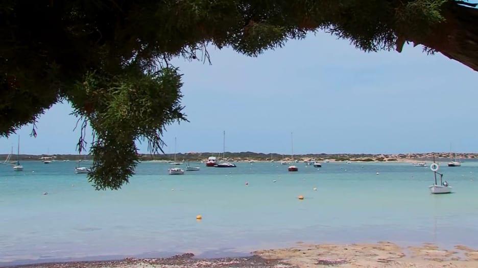 جزيرة تطل على البحر الأبيض المتوسط خالية من فيروس كورونا..ما هي؟