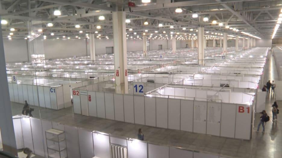مركز موسكو للمعارض يتحول إلى مستشفى ضخم لفيروس كورونا