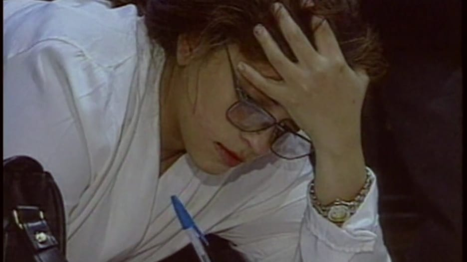 كيف يؤثر الإجهاد على تساقط شعر النساء؟