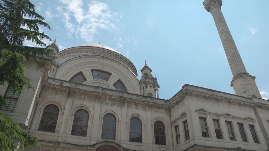 تركيا تسمح للمصلين بدخول المساجد لأول مرة منذ أزمة كورونا