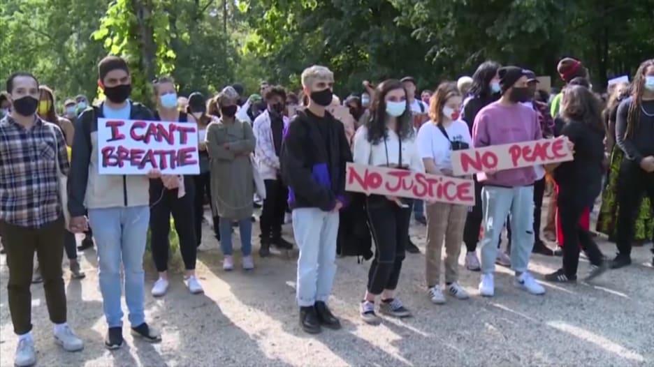 احتجاجات موت جوروج فلويد تمتد من أمريكا إلى ألمانيا