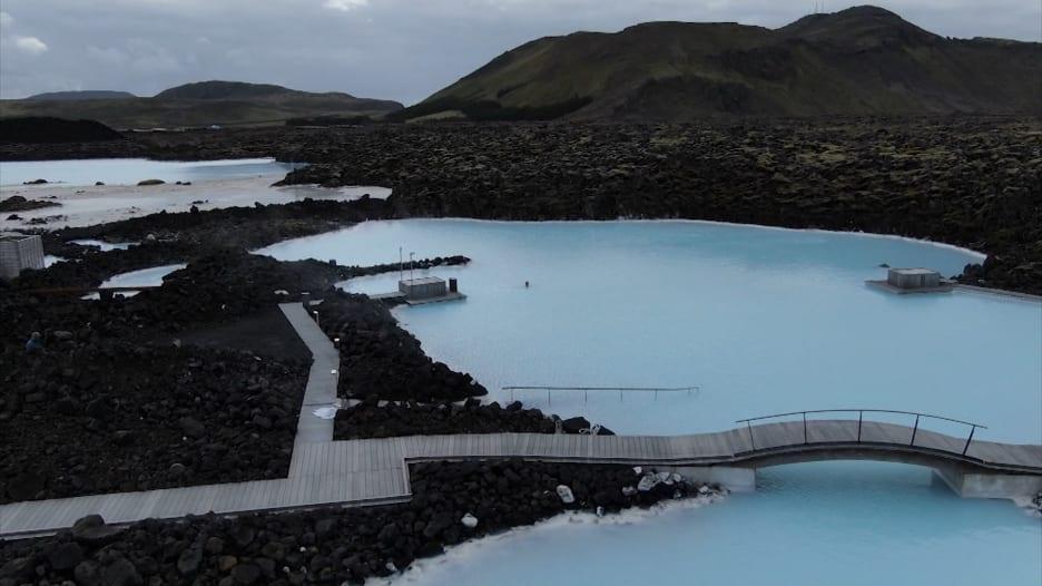 أيسلندا تتغلب على فيروس كورونا رغم ارتفاع معدل الإصابة وتبدأ بفتح حدودها أمام السياح