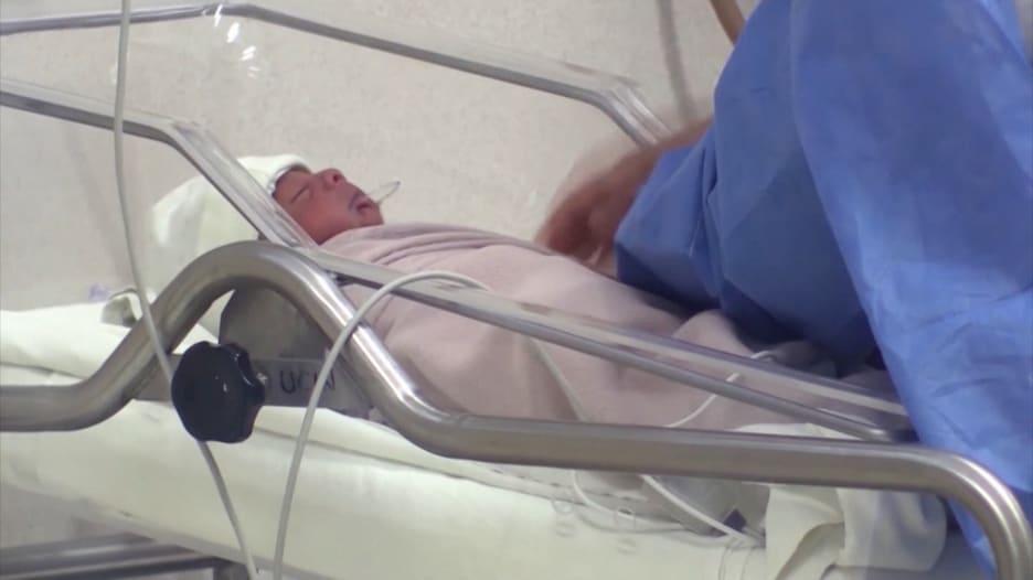 ولادة 3 توائم في المكسيك وتشخيصهم بفيروس كورونا يحيّر الأطباء