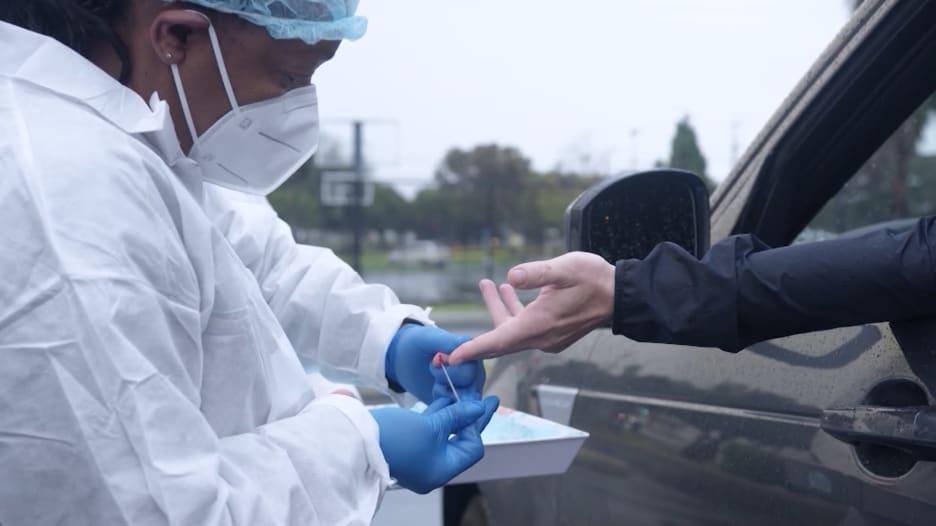دراسة: هناك 3 أنواع مختلفة من فيروس كورونا وكل منها ينتشر بشكل مختلف