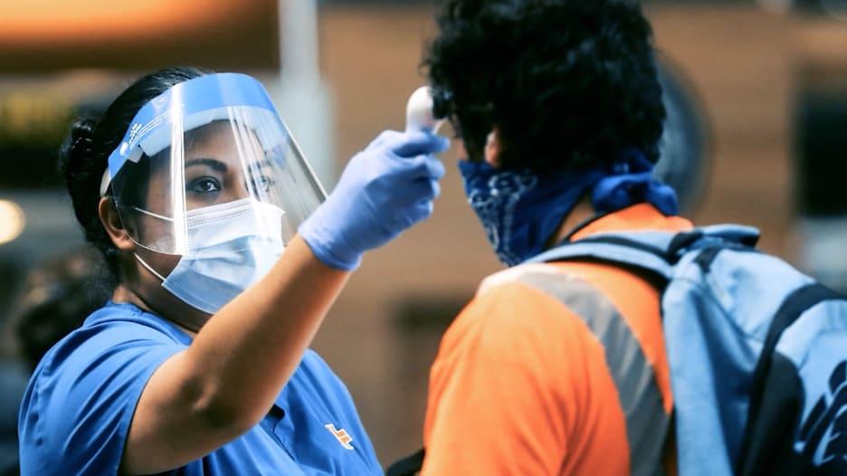 بعد ستة أشهر من الوباء العالمي.. ما مدى قربنا من القضاء على فيروس كورونا؟