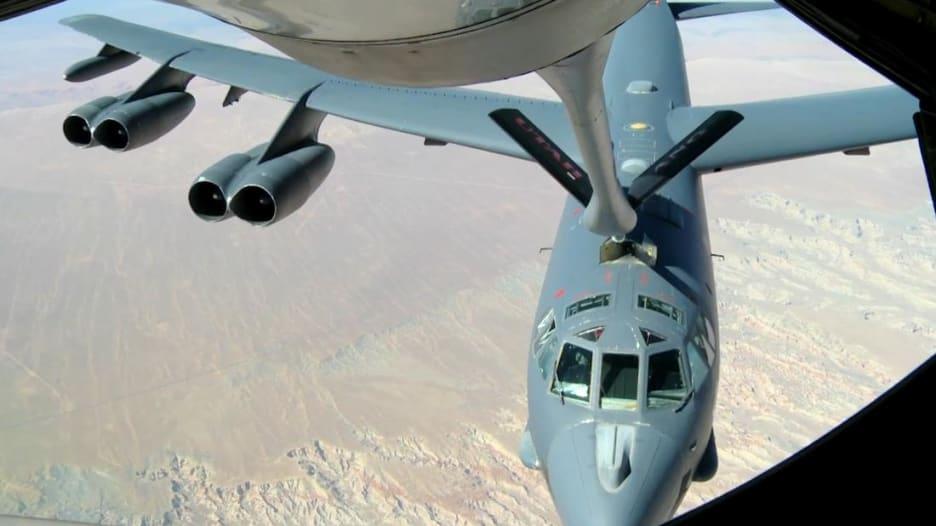 200703100556-aerial-refuelling-super-169.jpg