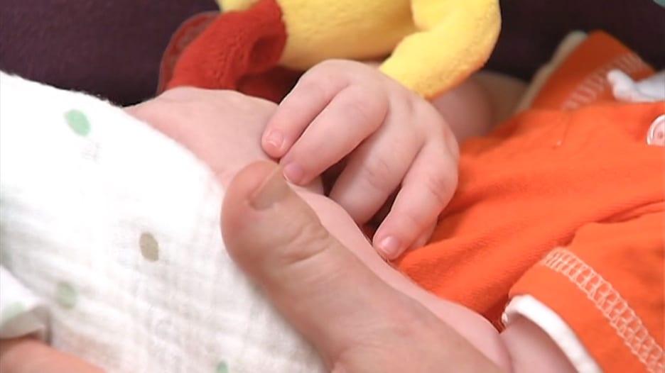 دراسة فرنسية: إصابة طفل في رحم أمه بفيروس كورونا