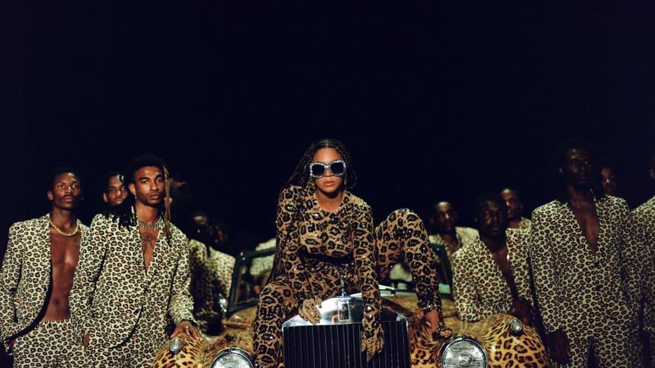 بيونسيه تطلق ألبومها المرئي الجديد Black Is King