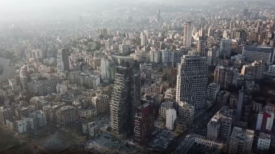 بعد انفجار مرفأ بيروت.. شاهد من الجو كيف تغير شكل العاصمة اللبنانية