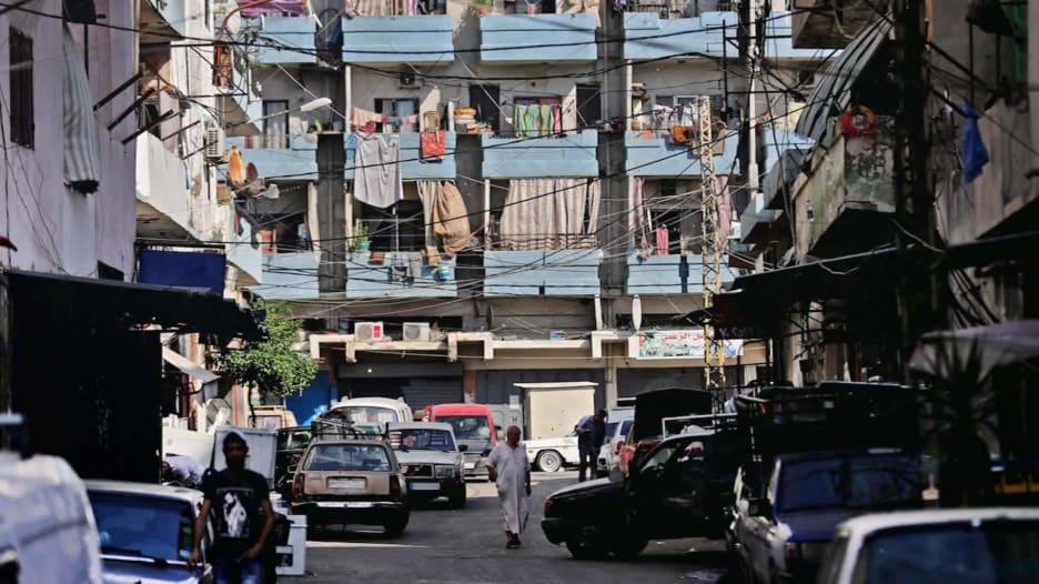 بعد انفجار مرفأ بيروت.. ماذا بعد للاقتصاد اللبناني المنهار؟