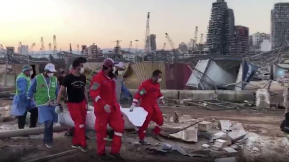 انفجار بيروت.. لبنان يضمد جراحه وسط حالة من الغضب