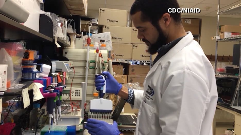 علماء يعملون على تطوير علاجات بالأجسام المضادة  لمحاربة فيروس كورونا